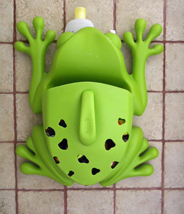 Boon Frog Pod in Use