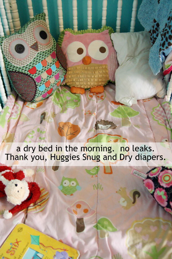 Huggies Snug & Dry diapers, no leaks at night, dry bed