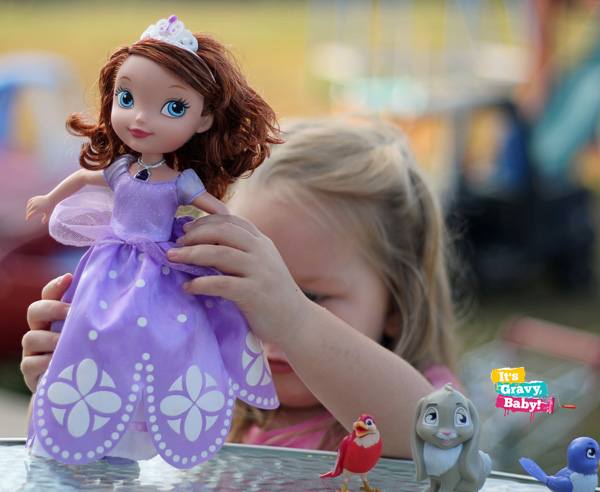 Sofia the First Talking Sofia & Animal Friends // Review + Giveaway